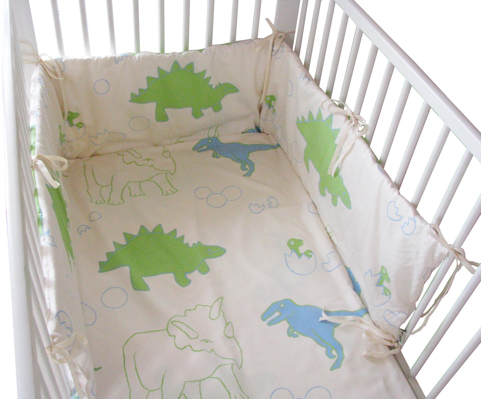nestchen f r das kleinkindbett ribers textil design. Black Bedroom Furniture Sets. Home Design Ideas